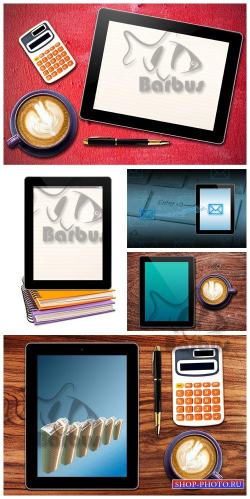 Touch screen device / Сенсорный планшет, чашка кофе и калькулятор