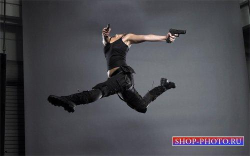 Шаблон для photoshop - В прыжке с 2 пистолетами