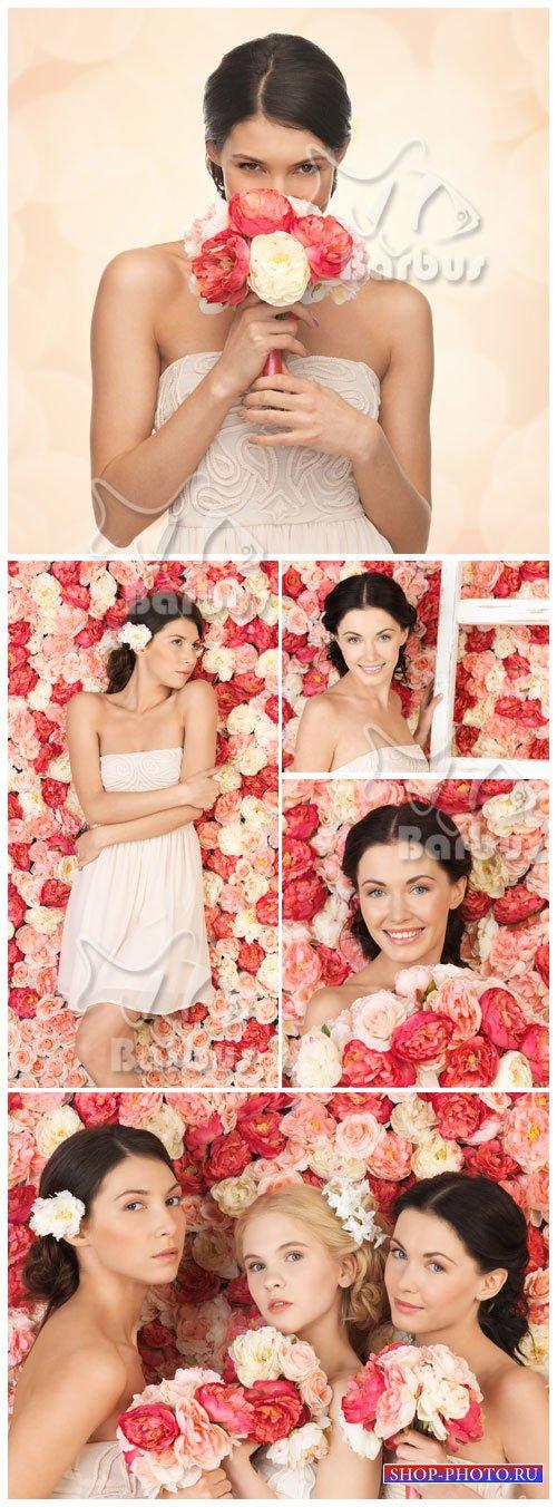 One million roses / Девушки и много розовых роз