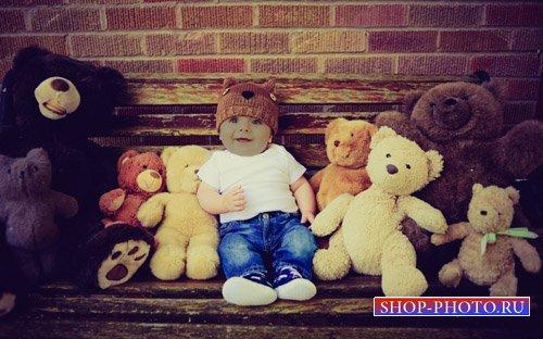 Шаблон детский - Ребёночек с игрушками