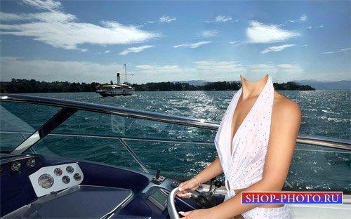 Шаблон для фотошопа - Девушка на море за рулем катера