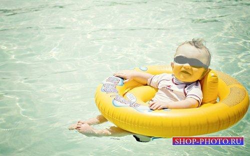 Шаблон для малышей - Мальчик на воде