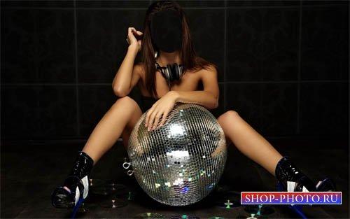 Девушка DJ с шаром и наушниками - женский шаблон