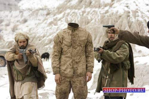 Шаблон для мужчин - Солдат под прицелами автоматов