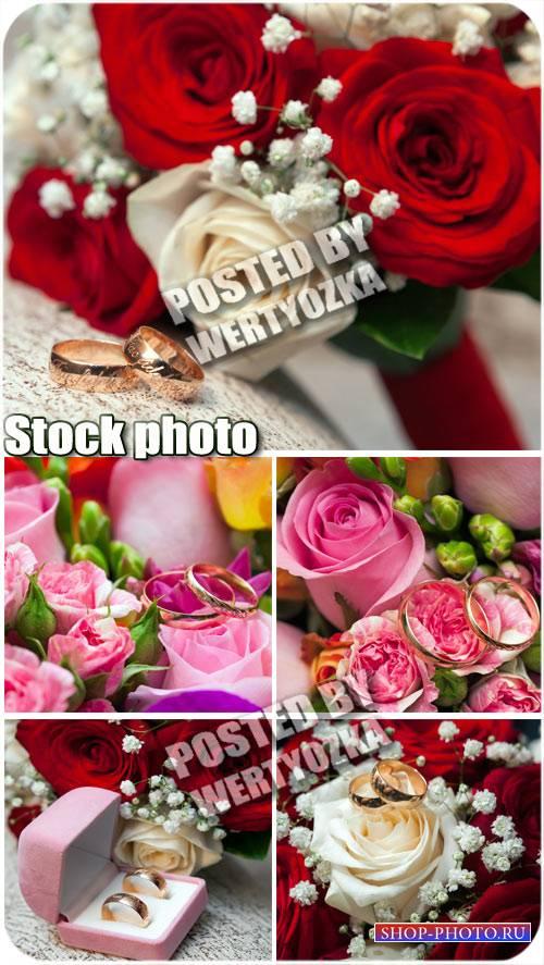 Свадебные цветы и обручальные кольца / Wedding flowers - stock photos
