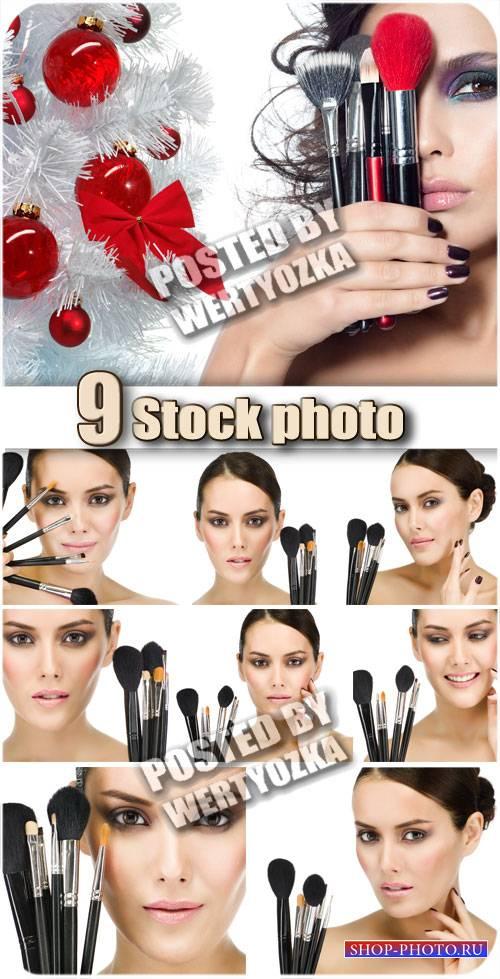 Девушки и профессиональный макияж / Girls and a professional make-up - stoc ...