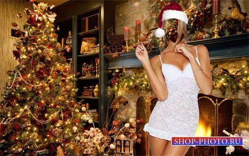 PSD шаблон - Блондинка на кануне Нового года у камина с елкой