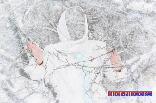 PSD шаблон - Девушка в снежном лесу