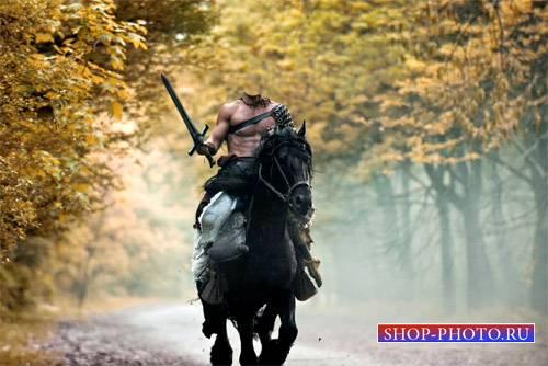 Шаблон для фотомонтажа - Мужественный воин с мечом на коне