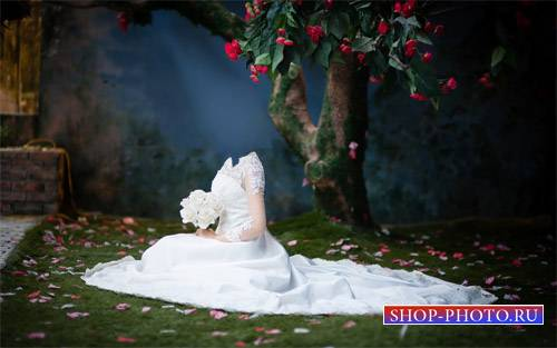 Шаблон psd женский - Под волшебным деревом с букетом белых роз