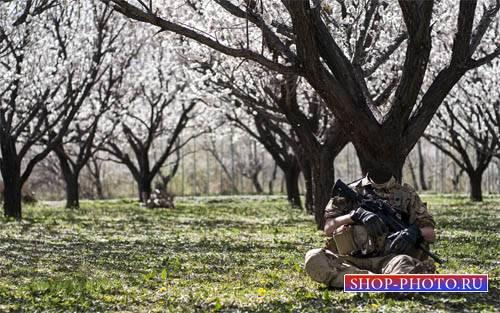 Шаблон для Photoshop - Отдых солдата в весеннем саду