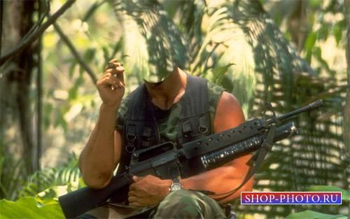Шаблон для фото - Солдат с автоматом и сигарой в Джунглях