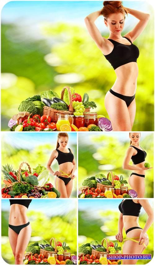 Здоровое питание, девушка с продуктами / Healthy eating girl with products  ...