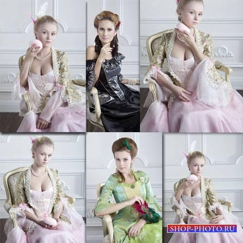 Растровый клипарт - Дамы в старинных нарядах