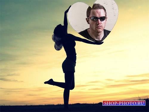 Фоторамка - Тень девушки и фото из сердца