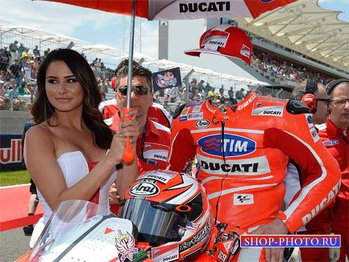 Успешный гонщик на спортивном мотоцикле - шаблон для фотошопа