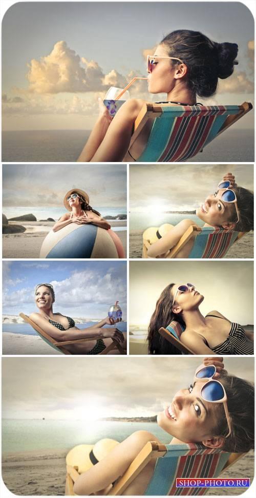 Девушки, море, лето / Girl, sea, summer - Stock Photo