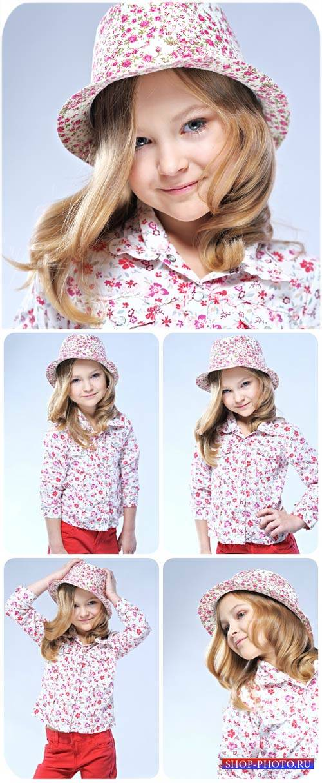 Маленькая девочка, дети и мода / Little girl, children and fashion - stock  ...
