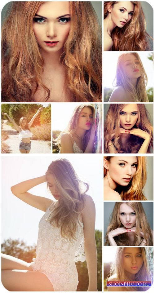 Гламурные светловолосые девушки / Glamorous blond girl - Stock Photo
