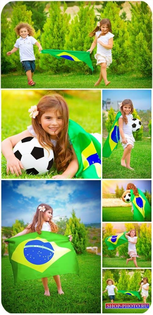 Дети и футбол / Children and football - Stock Photo