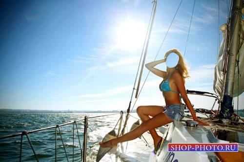 Женский шаблон - Фотосессия на яхте для красивой блондинки