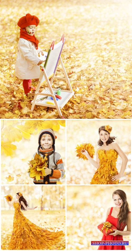 Люди и осень / People and autumn - Stock Photos
