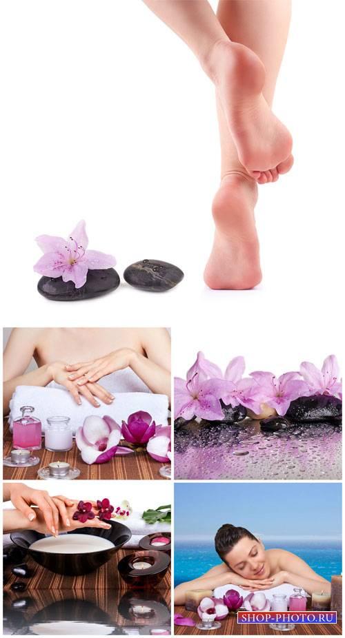Женщины и уход за телом / Women and body care - Stock photo