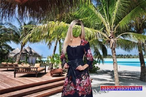 Фото шаблон - Блондинка в платье на море