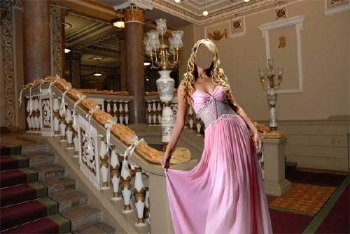 PSD шаблон для девушек - В красивом розовом наряде в театре