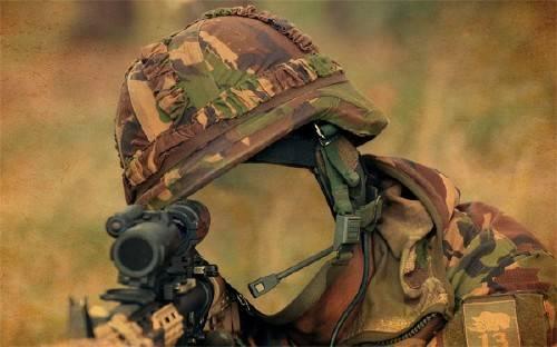 Шаблон для мужчин - Солдат в засаде
