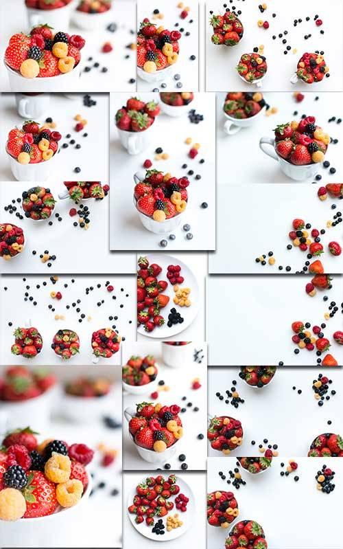 Ягоды - Растровый клипарт / Berries - Raster clipart